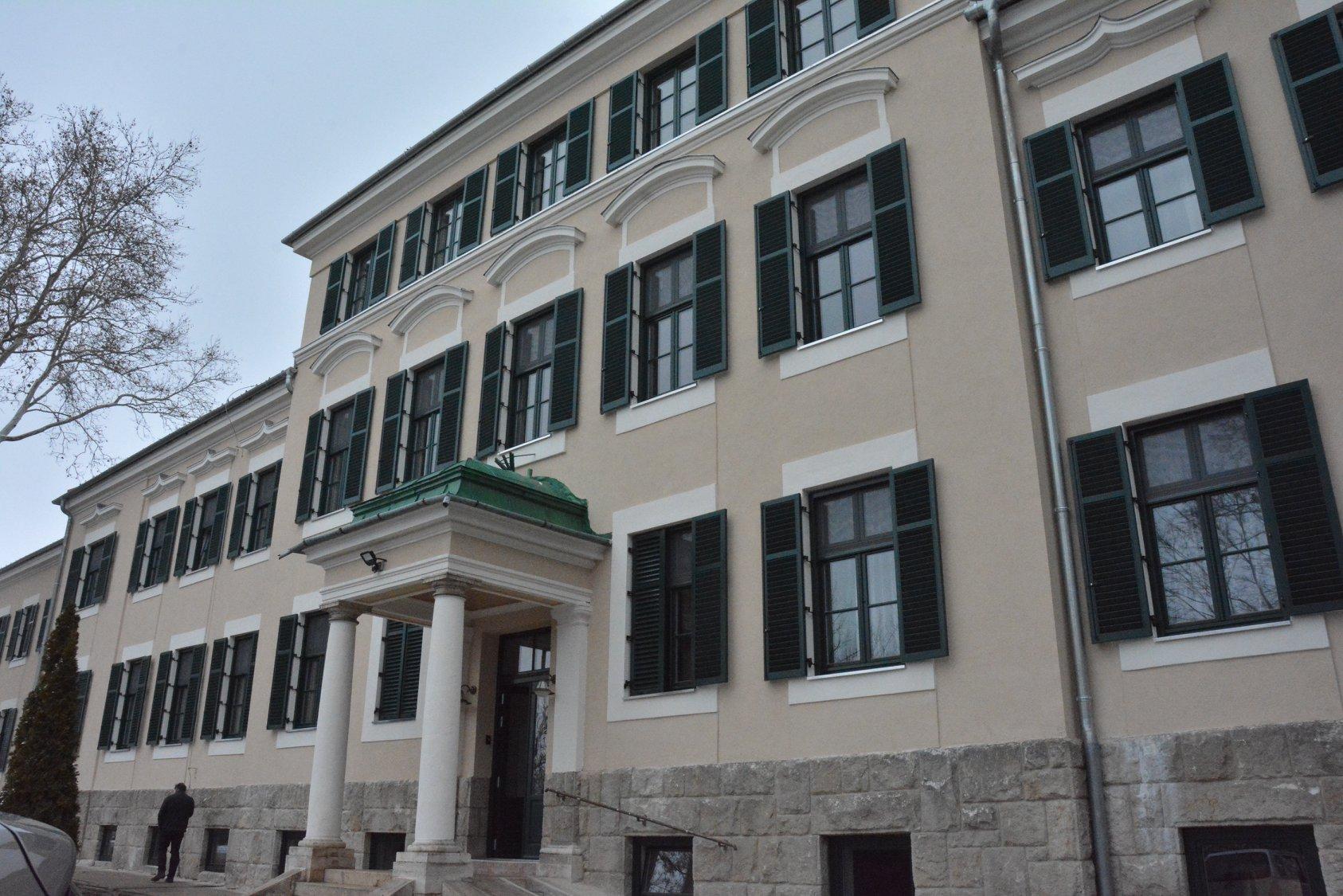 Átadták a felújított Lelkigyakorlatosházat