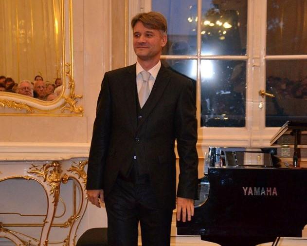 Liszt-díjat kapott Szilasi Alex zongoraművész