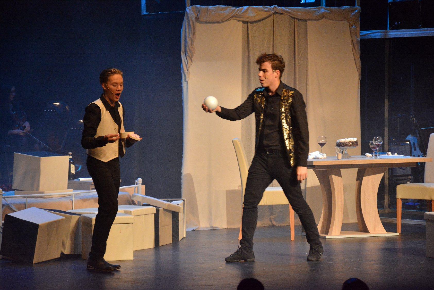 Hamlet újratöltve