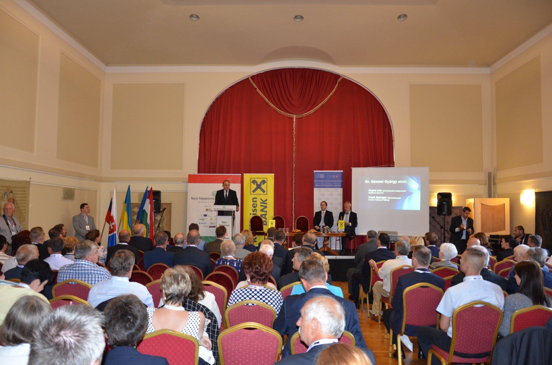 Megkezdődött a Magyar Polgármesterek XII. Világtalálkozója