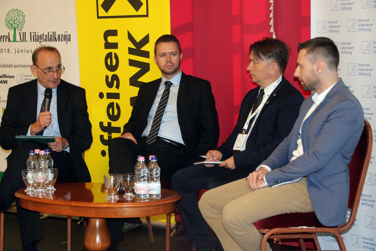 Magyar Polgármesterek XII. Világtalálkozója: Kerekasztalbeszélgetés a közfoglalkoztatásról
