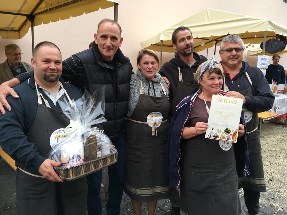 Nyolc főzőcsapat versengett a városi piacon
