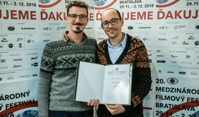 Pozsonyi diákok osztottak díjat a Virágvölgynek