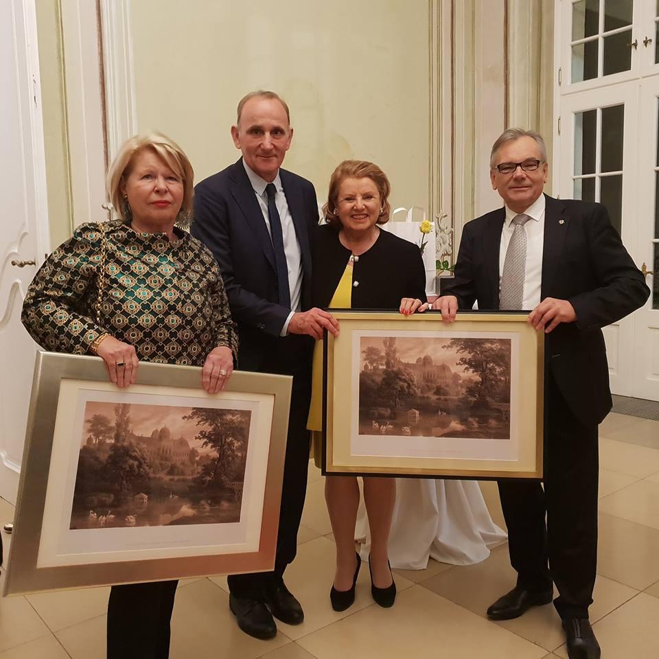 Nyugdíjba vonult Laxenburg polgármestere és alpolgármestere