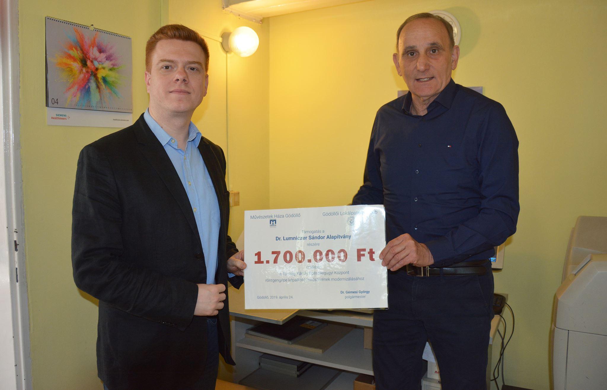 1.700.000 forintos támogatás a Dr. Lumniczer Sándor Alapítványnak