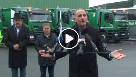 Új hulladékszállító járműveket adtak át
