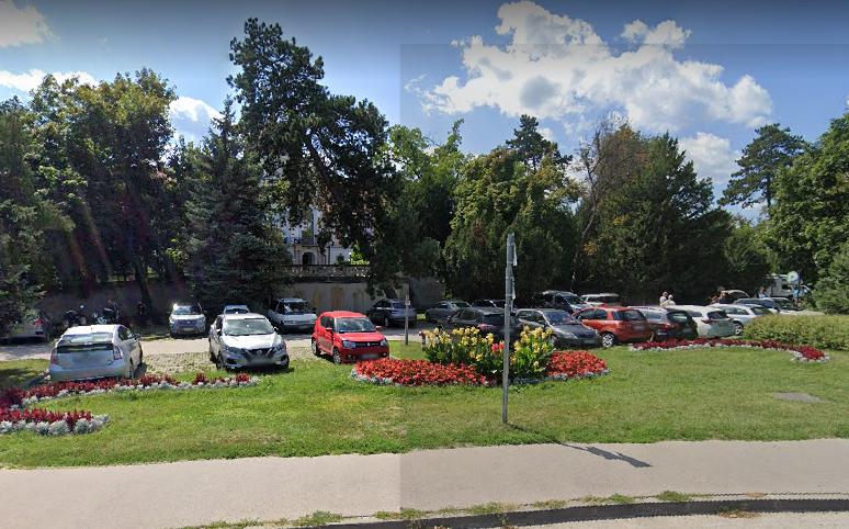 Tájékoztatás parkoló lezárásról